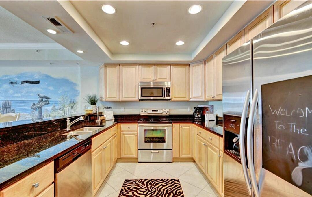 Kitchen - Sunset Beach 207