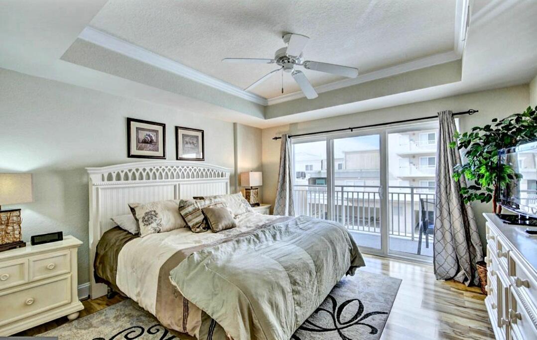 Master Bedroom - Sunset Beach 207