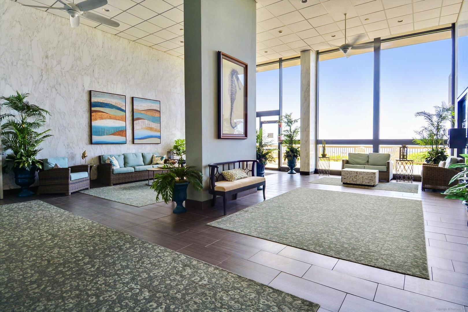 Century I Building - Lobby