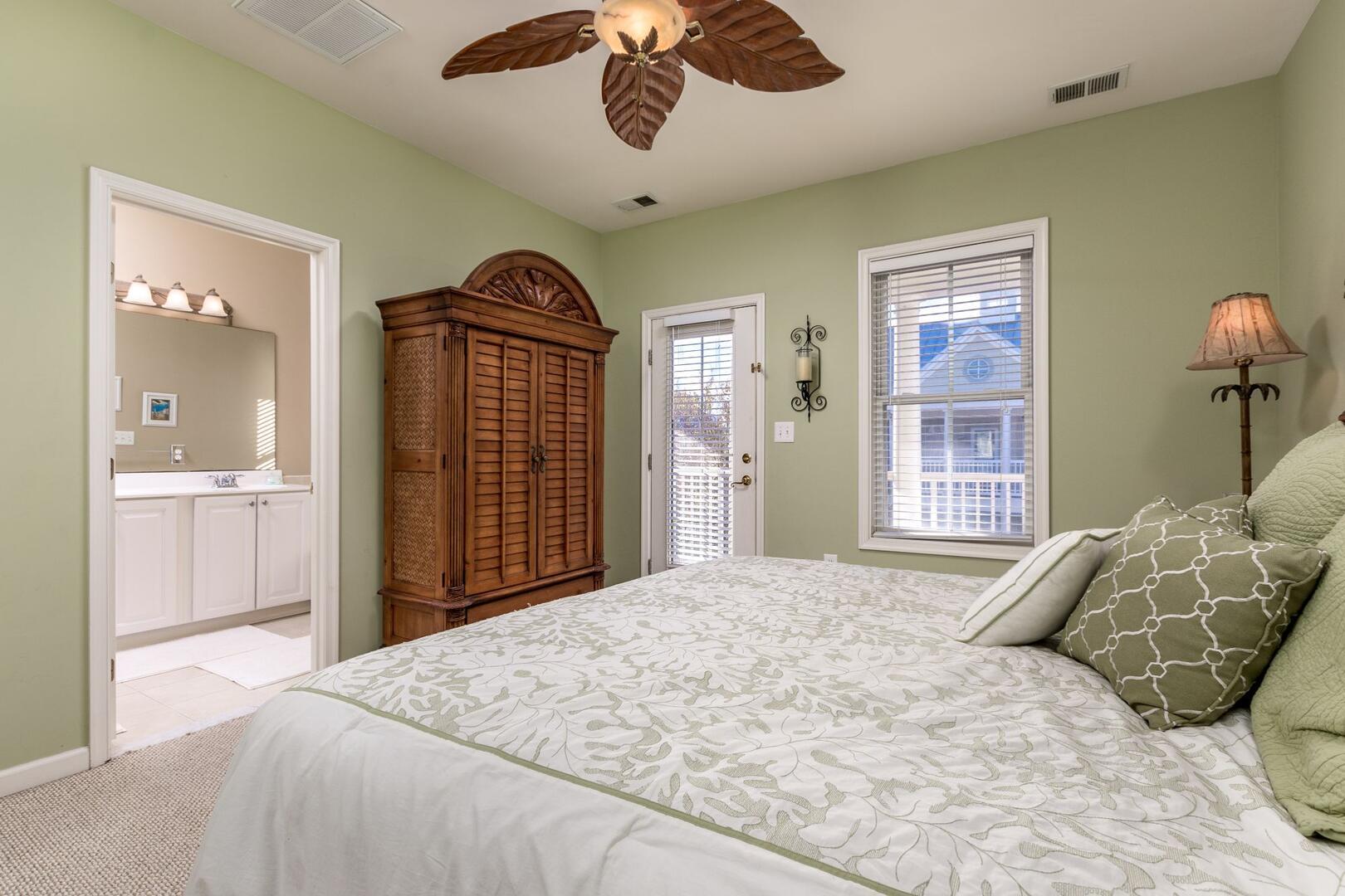 3rd Floor Master Bedroom - Sunset Island 34 Island Edge Dr.