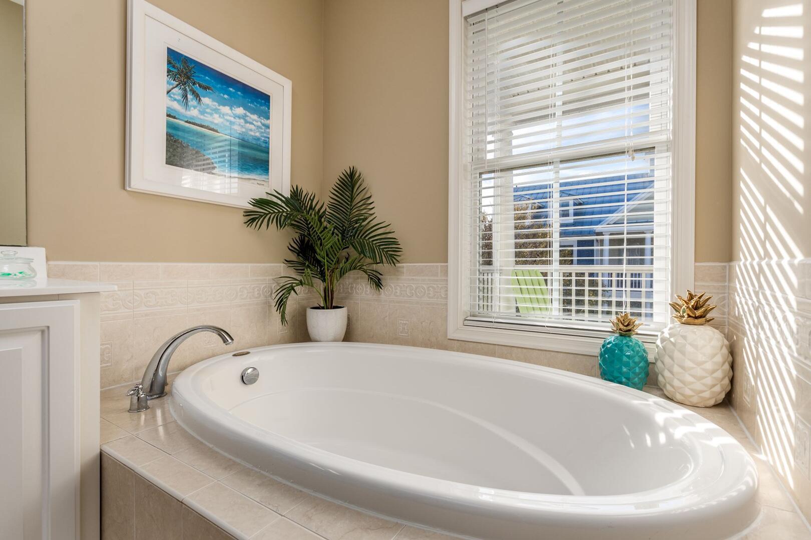 3rd Floor Master Bathroom - Sunset Island 34 Island Edge Dr.