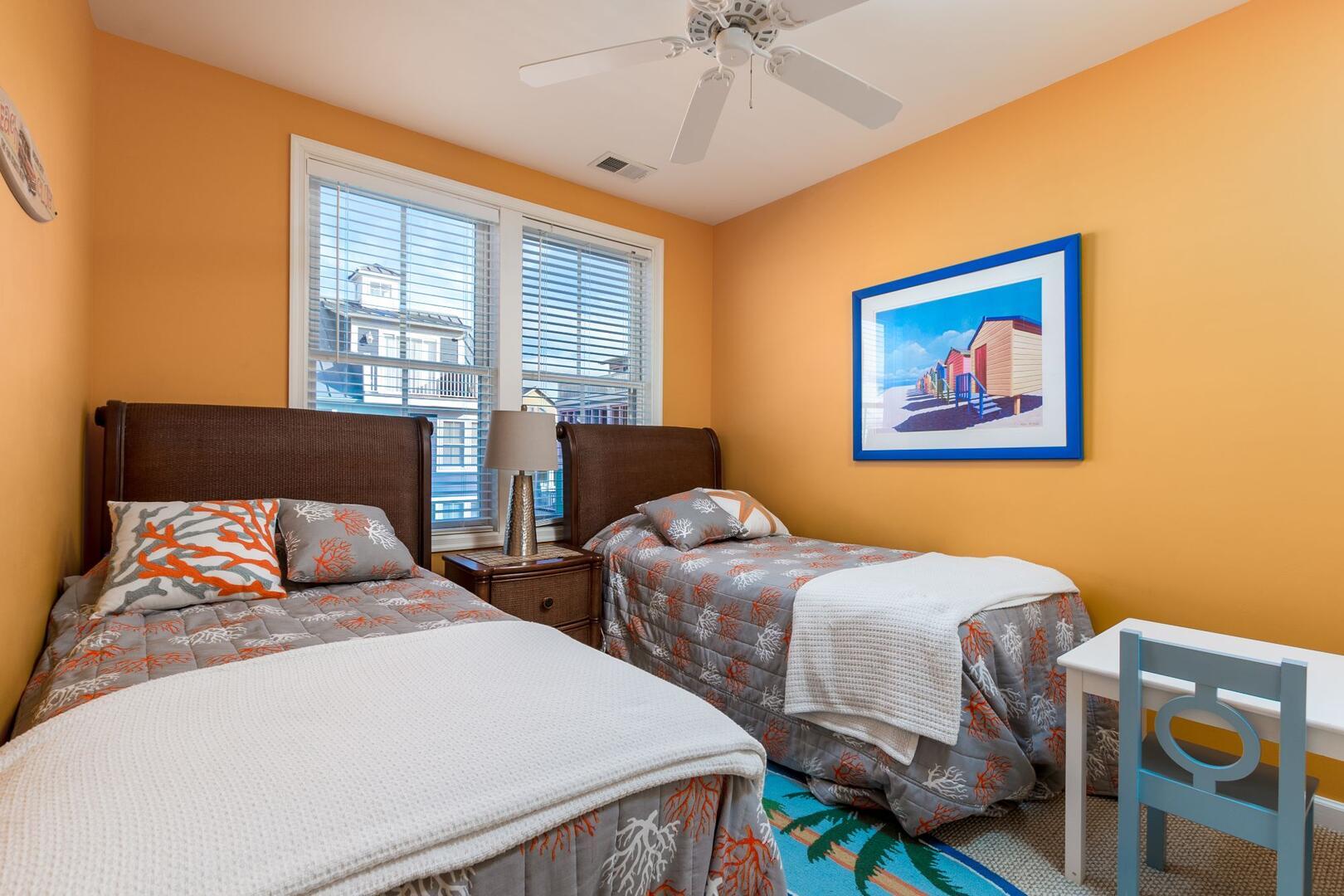 3rd Floor Twin Bed Room - Sunset Island 34 Island Edge Dr.