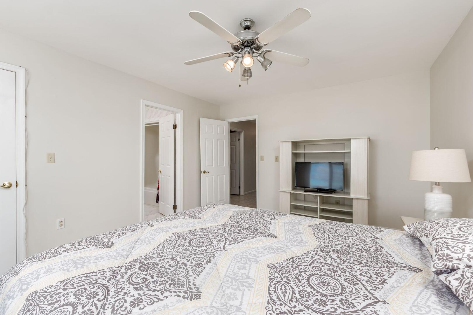 Master Bedroom of Sunset Harbour 14127B