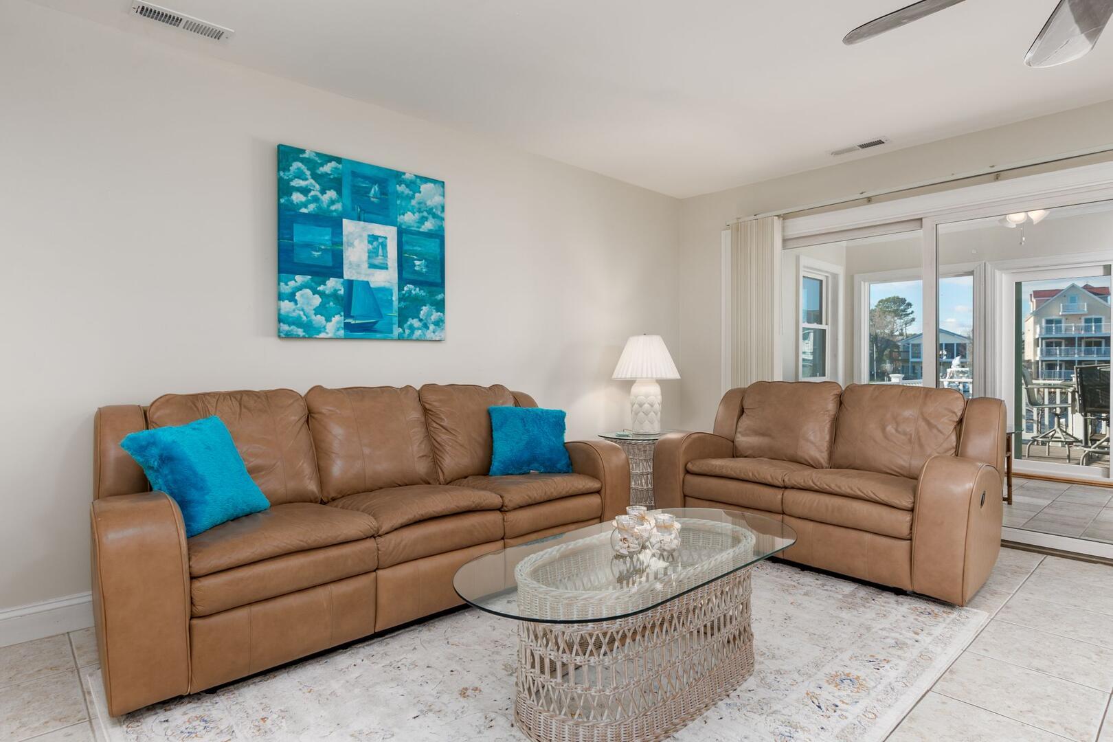 Living Room of Sunset Harbour 14127B