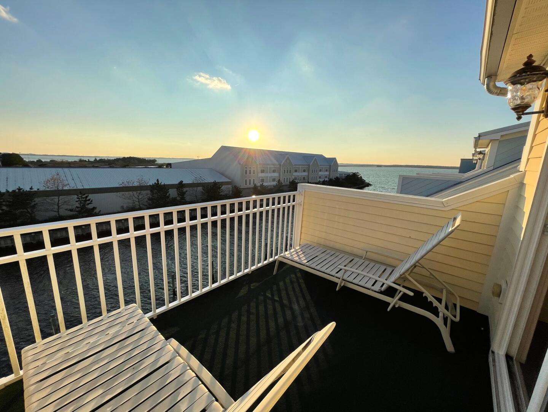 4th Floor Deck - Sunset Island 55 Island Edge Dr.