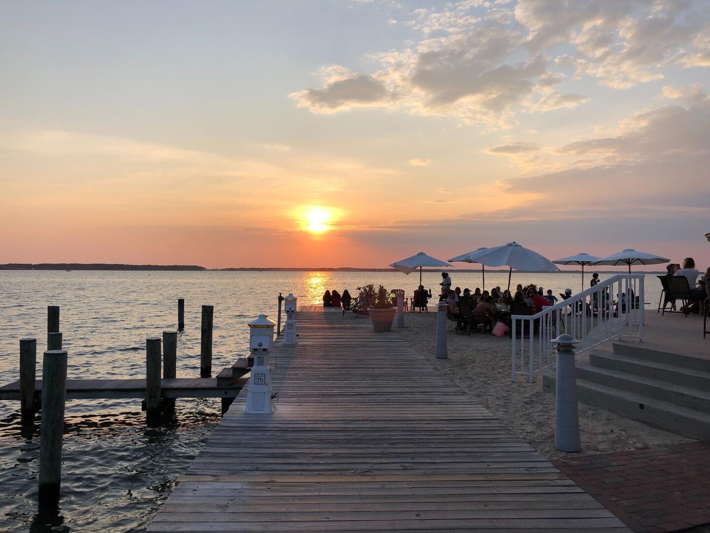 Outdoor Restaurant (open seasonally) - Sunset Island 55 Island Edge Dr.
