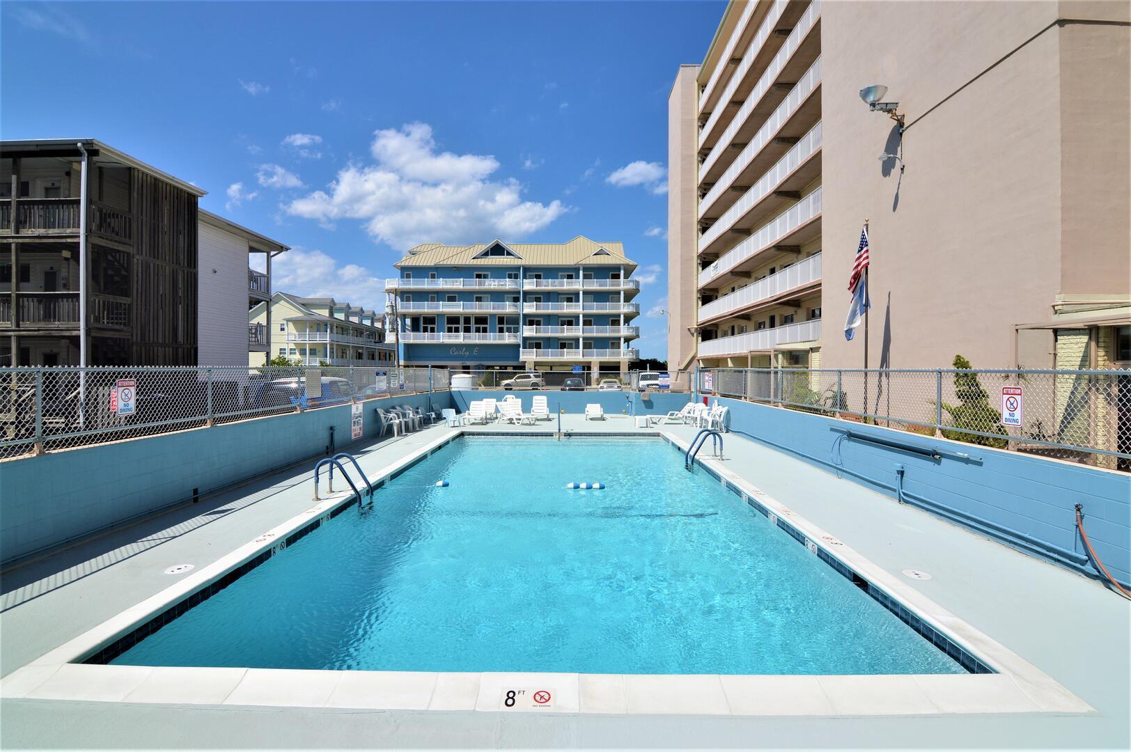 Calypso - Pool