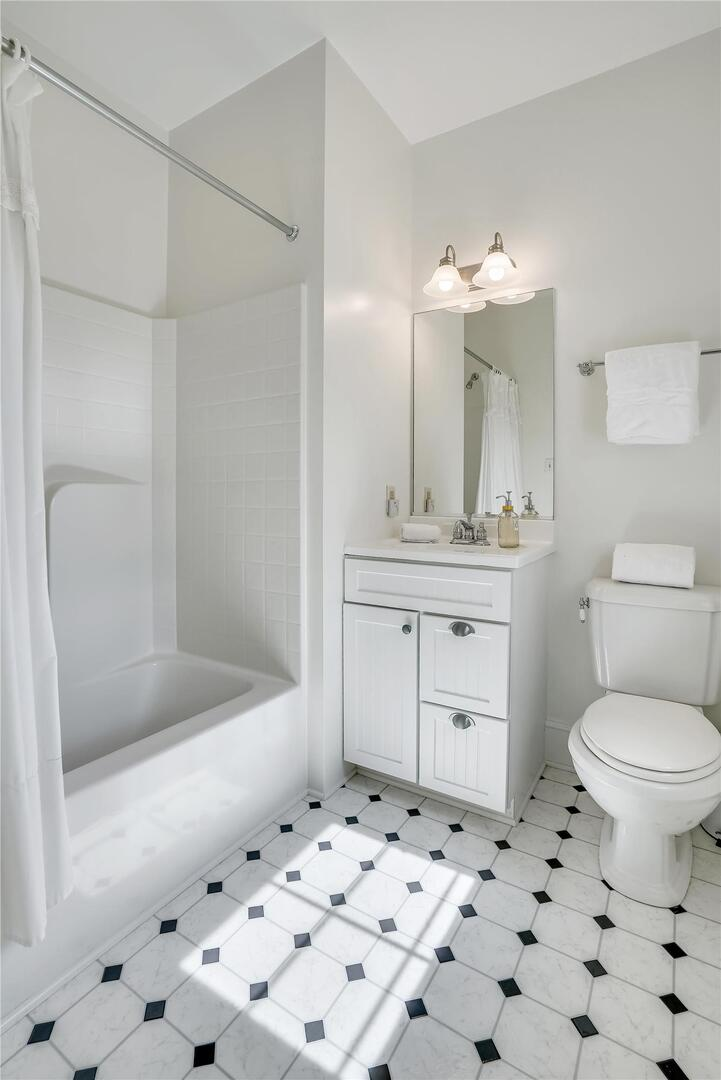 Bedroom 3 full bath