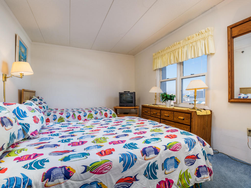 White Marlin 103A - Bedroom
