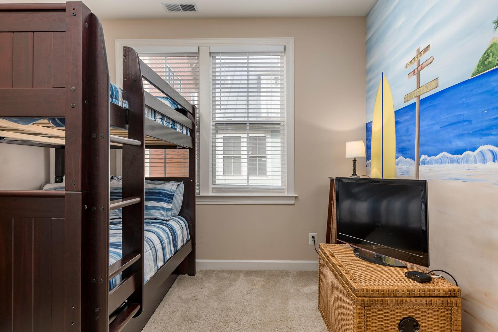 Sunset Island 34 Seaside Dr. - 3rd Floor Bunk Bed Room