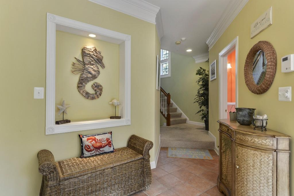 Sunset Island, 1 Beach Walk Mews - Foyer