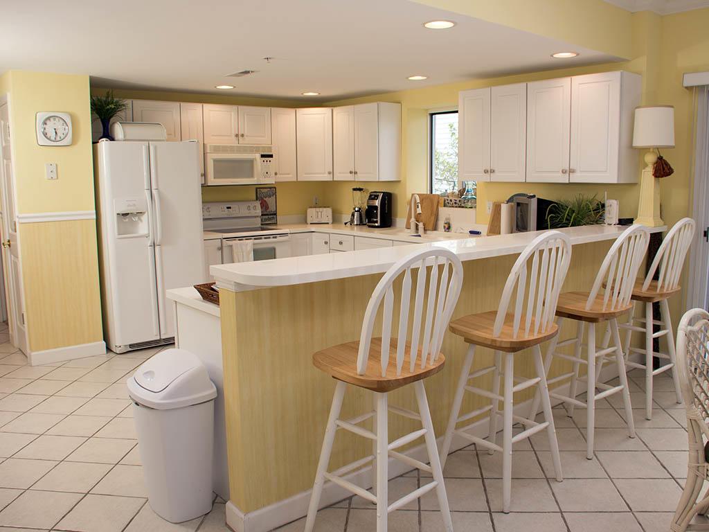 Astoria, 108 - Kitchen Area