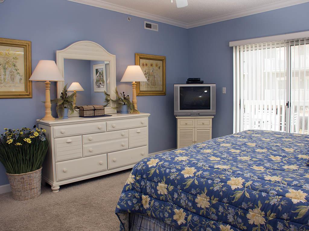 Astoria, 108 - Master Bedroom