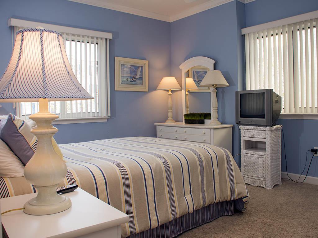 Astoria, 108 - Second Bedroom