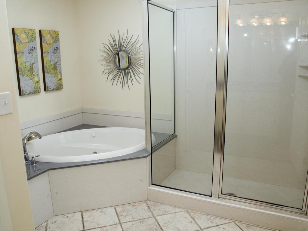 Belmont Towers, 403 - Master Bathroom