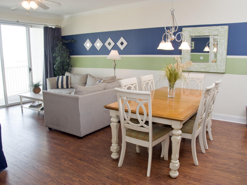 Belmont Towers, 403 - Dining Area