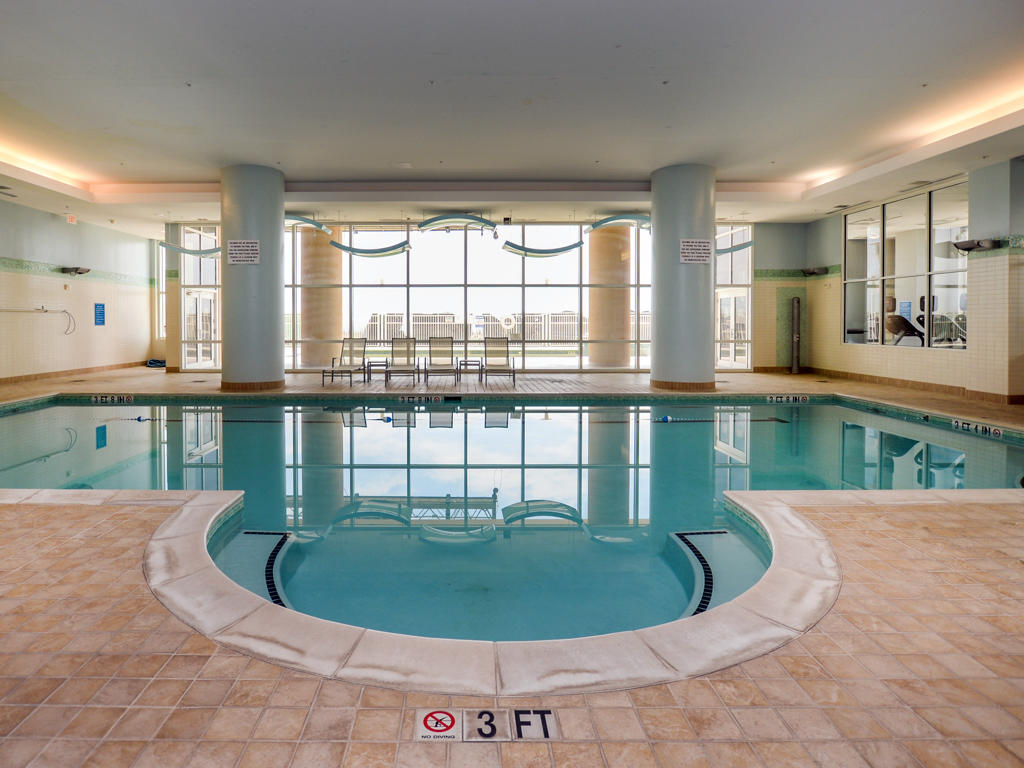 Gateway Grand - Indoor Pool