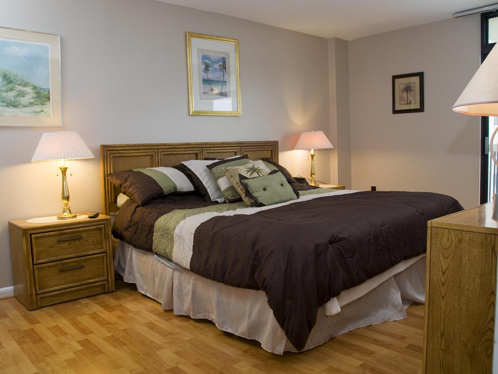 Braemar Towers, 404 - Master Bedroom