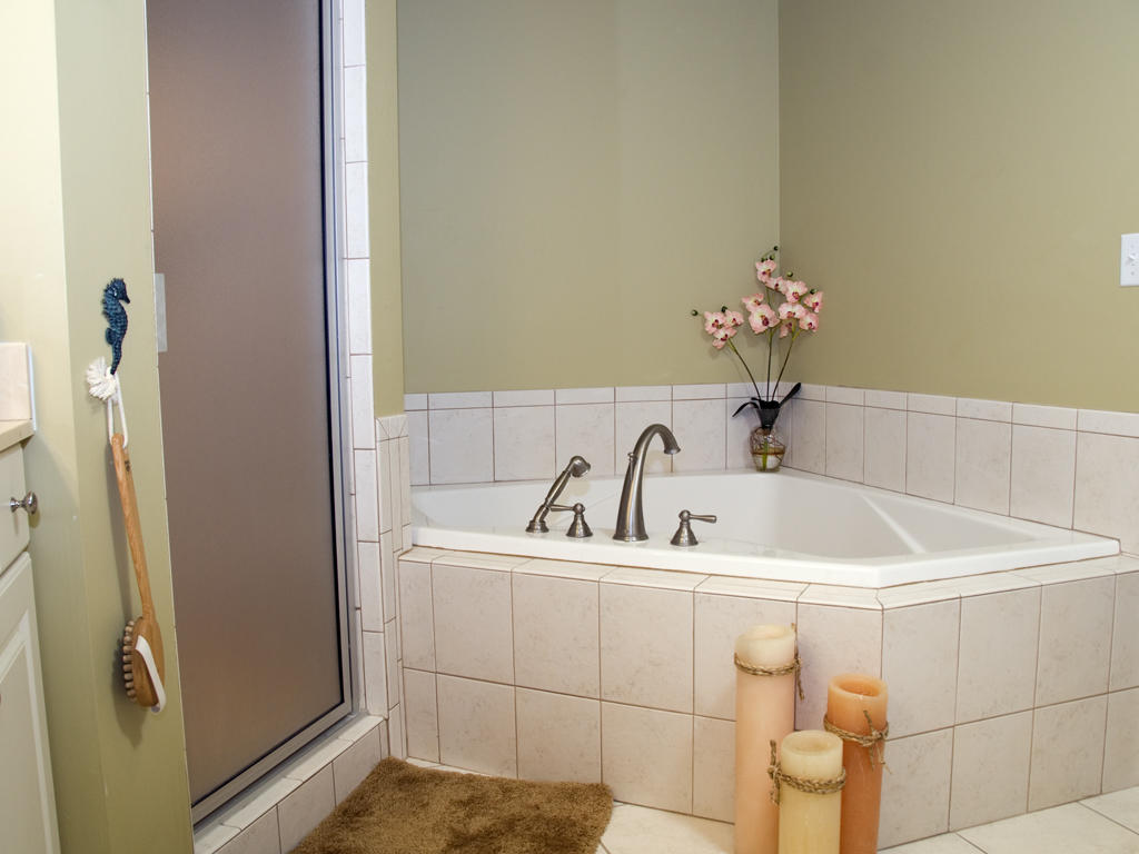 Ocean Bliss, 303 - Master Bathroom