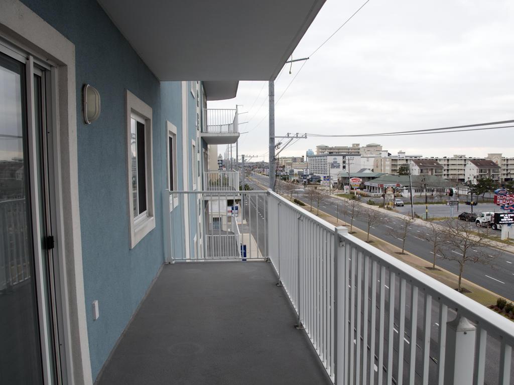 Ocean Bliss, 303 - Balcony