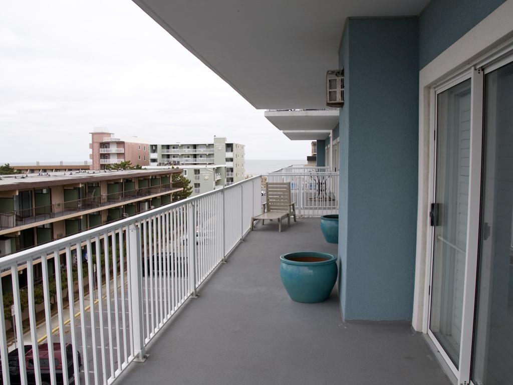 Ocean Bliss, 303 - Balcony Area