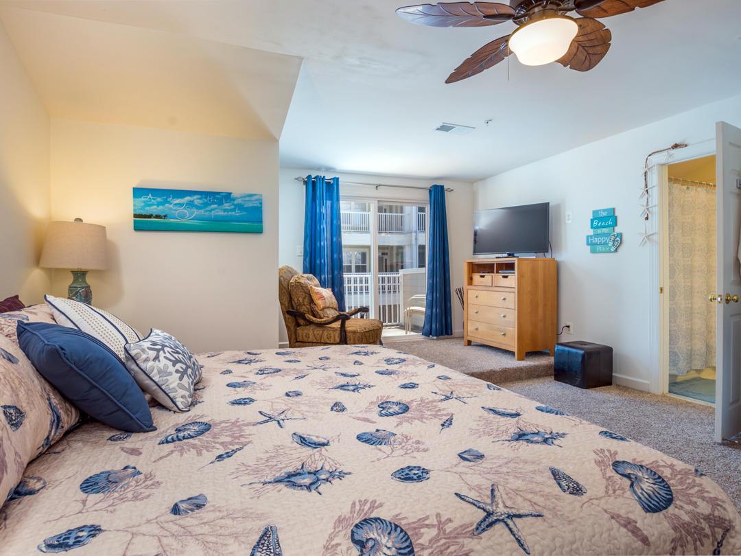 Sunset Island, 39 Canal Side Mews - Top Floor Bedroom