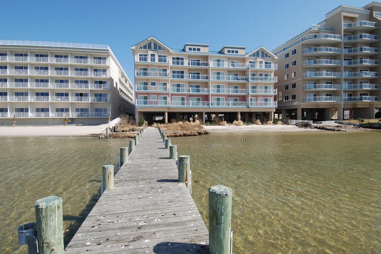 Sunset Beach - Dock Area