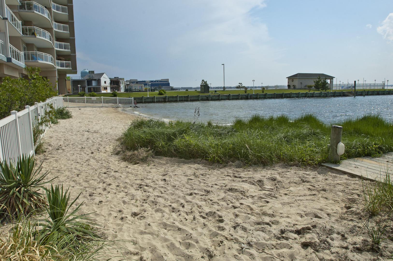Sunset Beach - Bayfront Beach Area