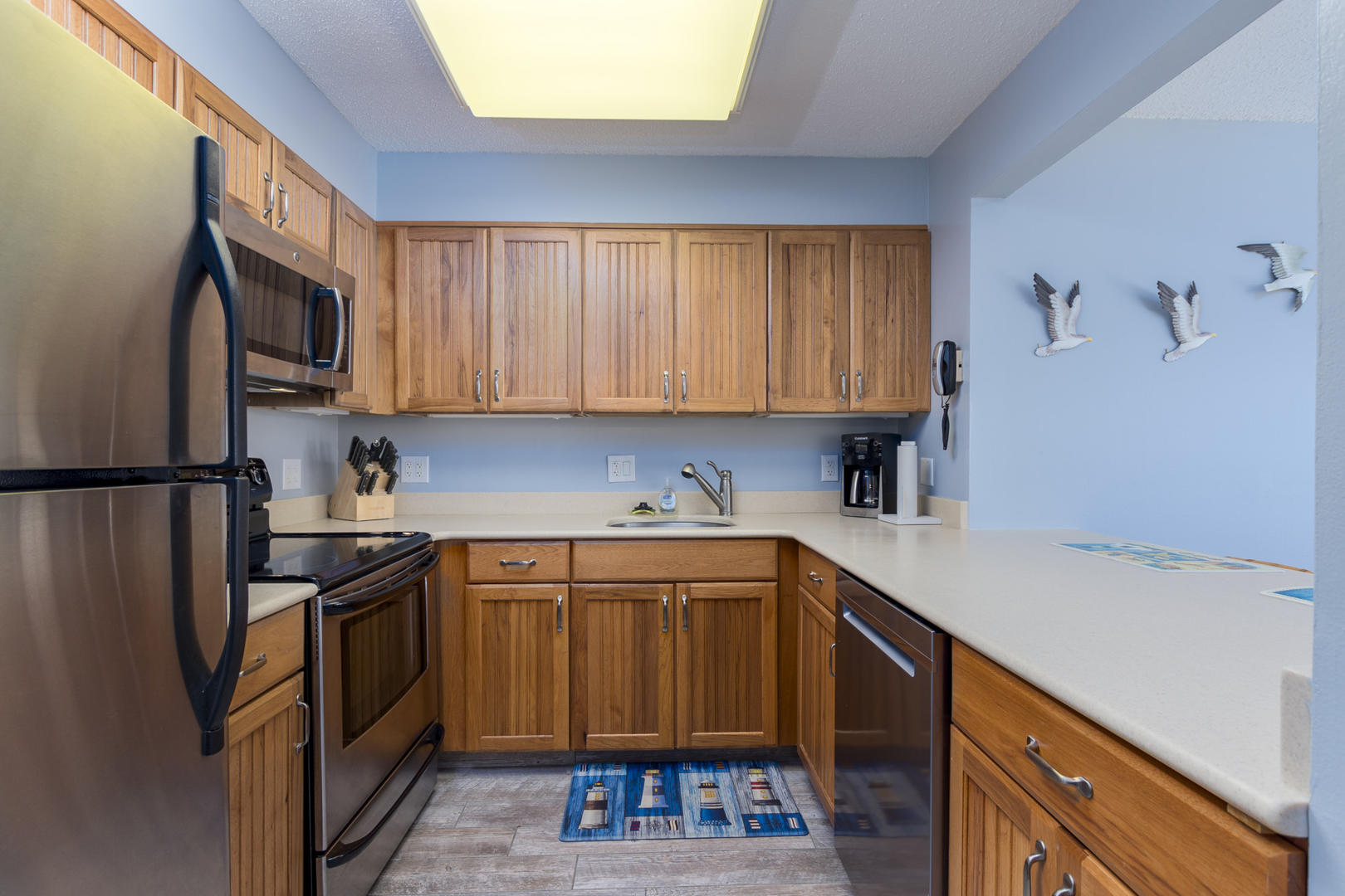 Braemar Towers 1006 - Kitchen