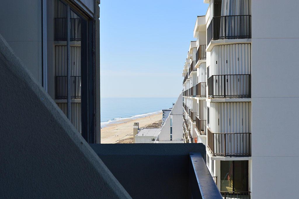 Century I 1603 - Bayside Balcony View