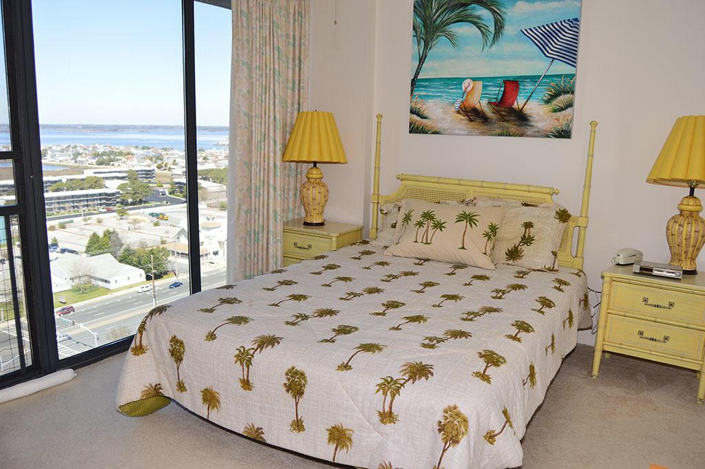 Century I 1603 - Bedroom 2