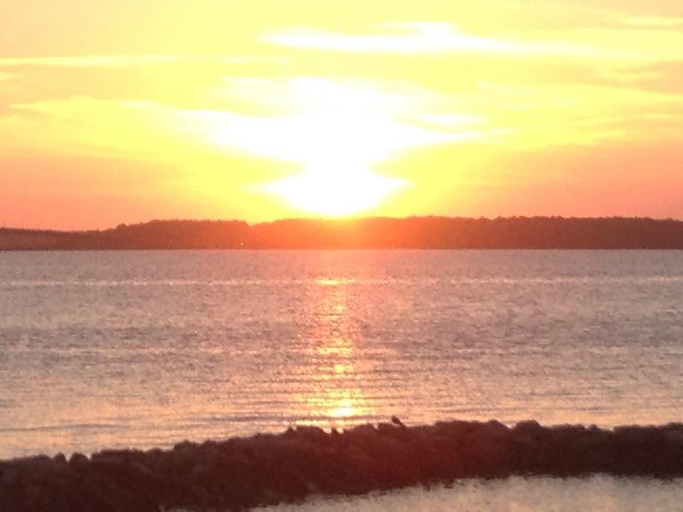 Sunset Island Bayfront Area (short walk away from condo)