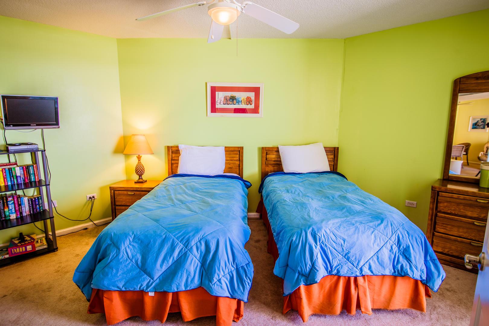 Ocean Creek EE13 - Bedroom 2
