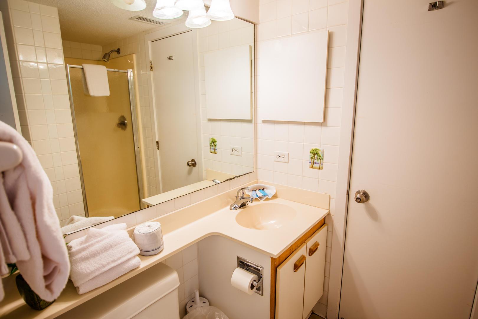 Ocean Creek EE13 - Bathroom 2