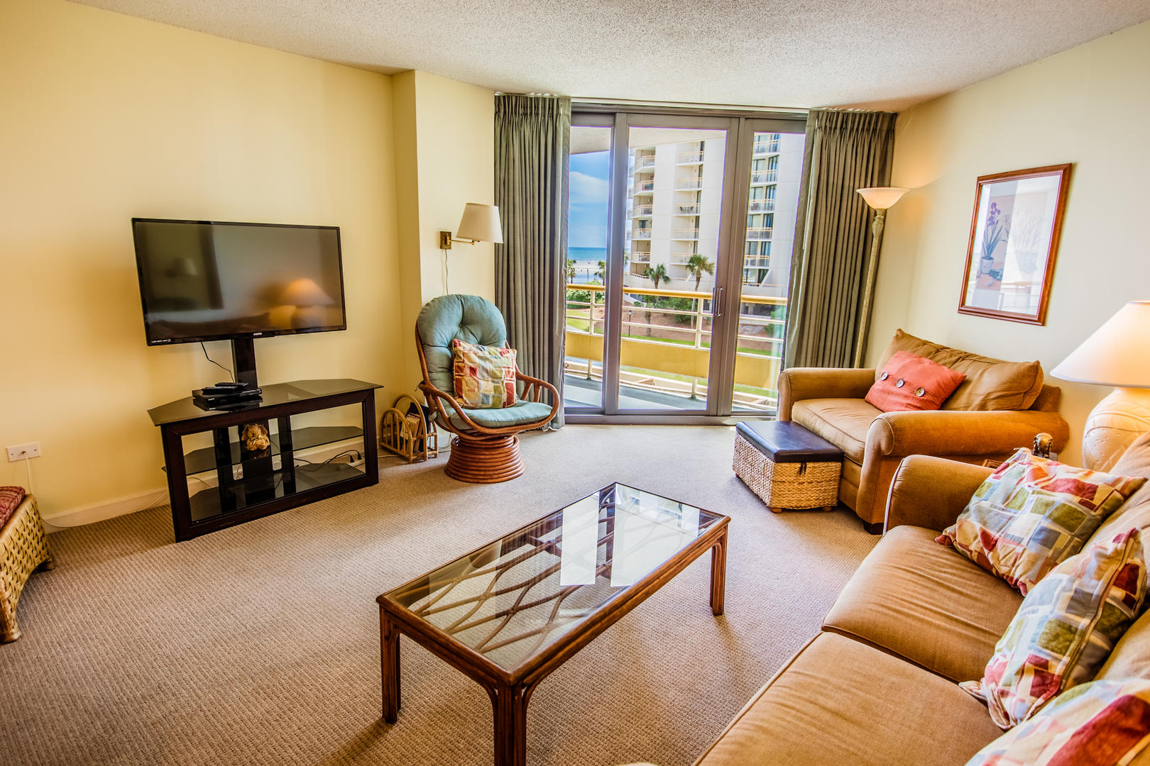 Ocean Creek K2 - Living Room