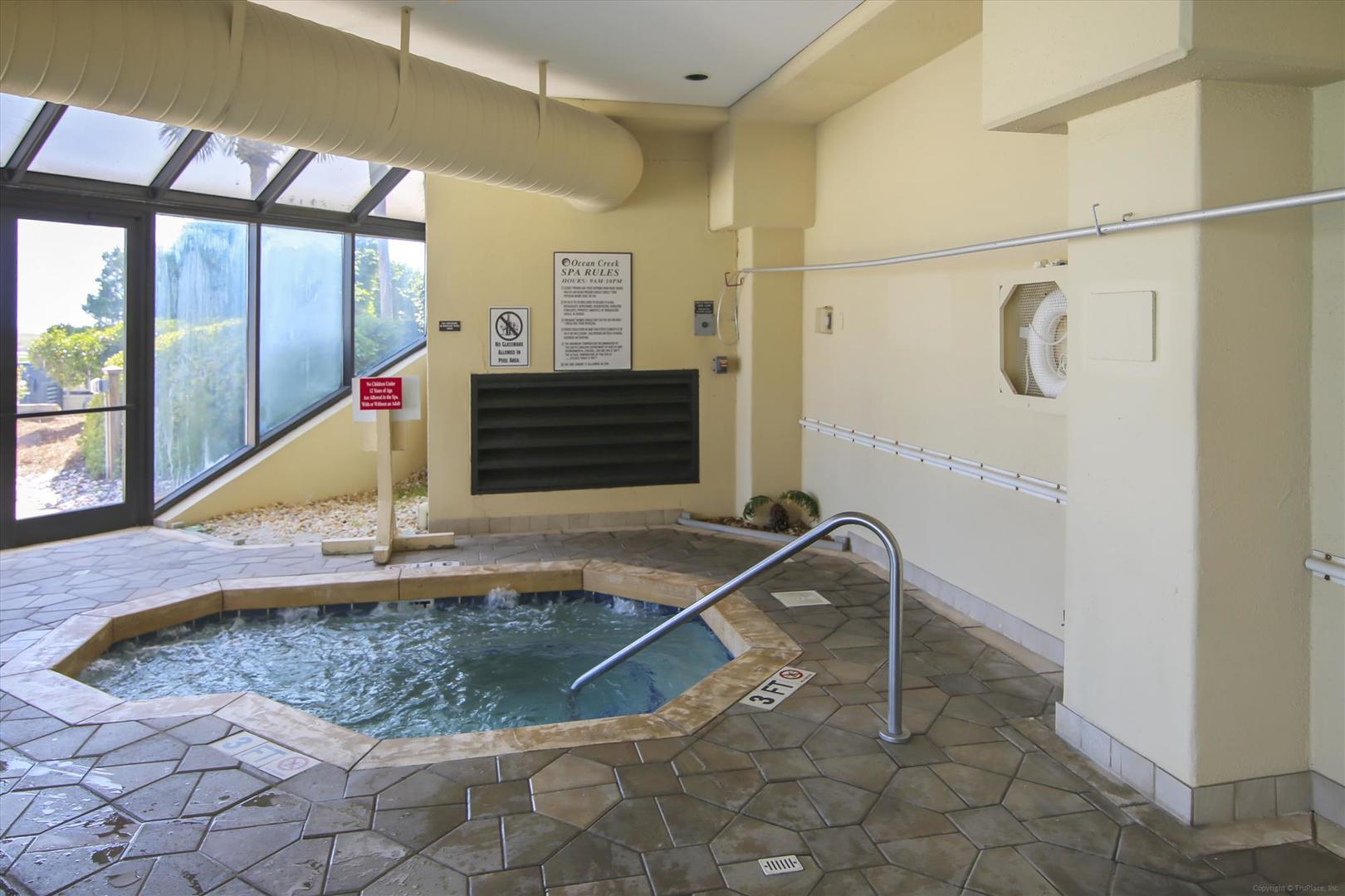 Ocean Creek South Tower Hot Tub