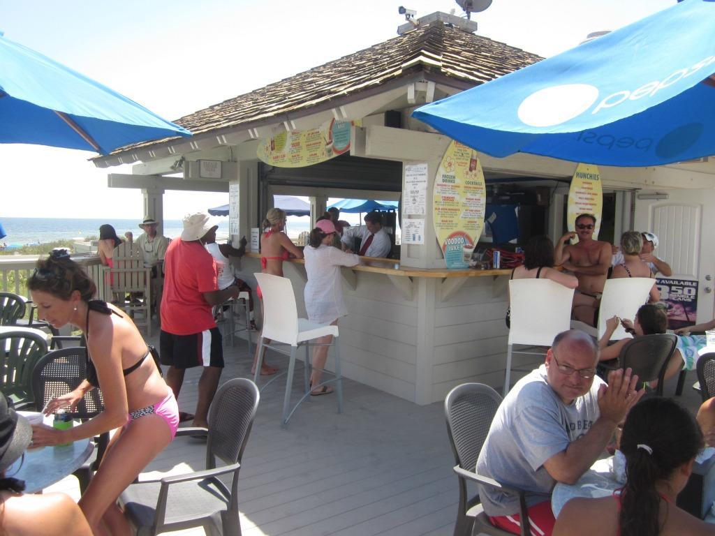 Ocean Creek - Beach Bar
