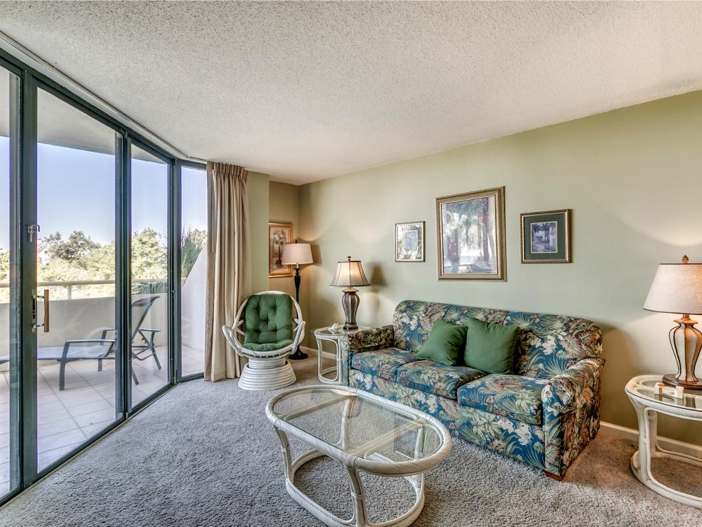 Ocean Creek MM1 - Living Room