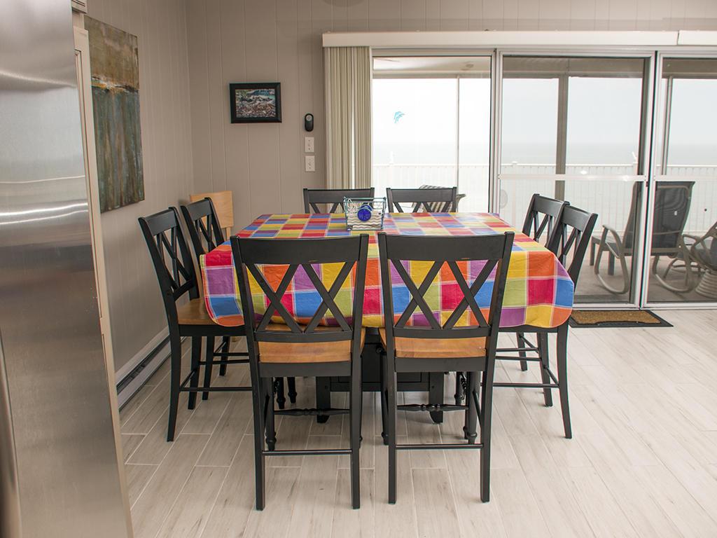 Calypso, 702 - Dining Area