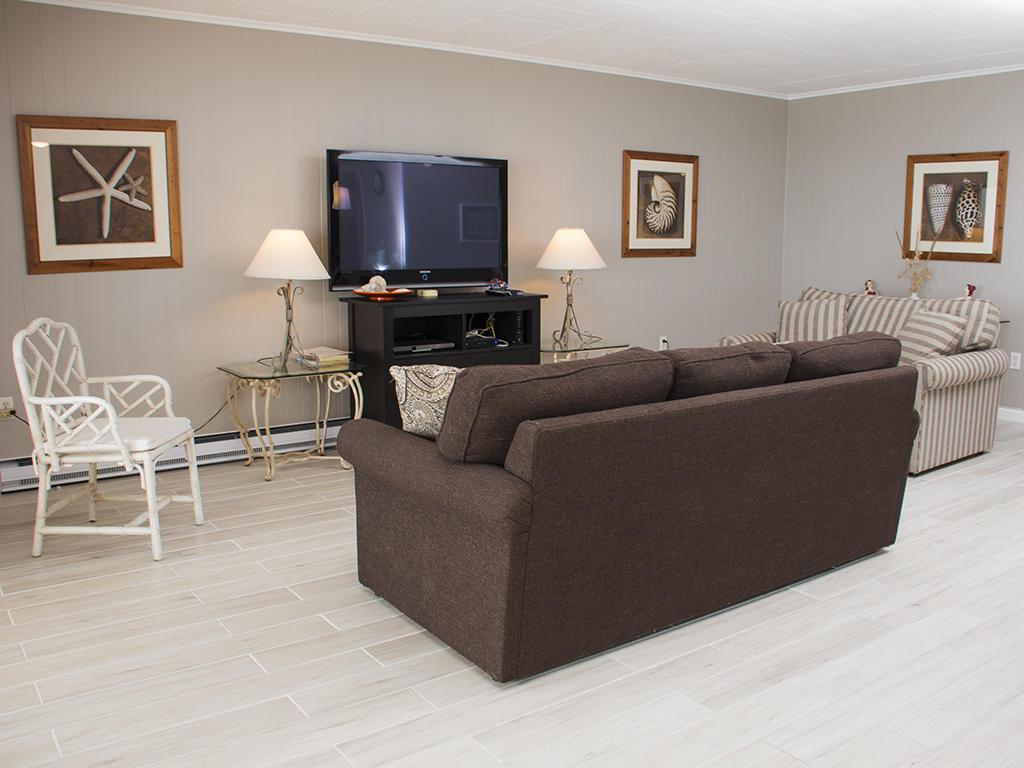 Calypso, 702 - Living Room Area