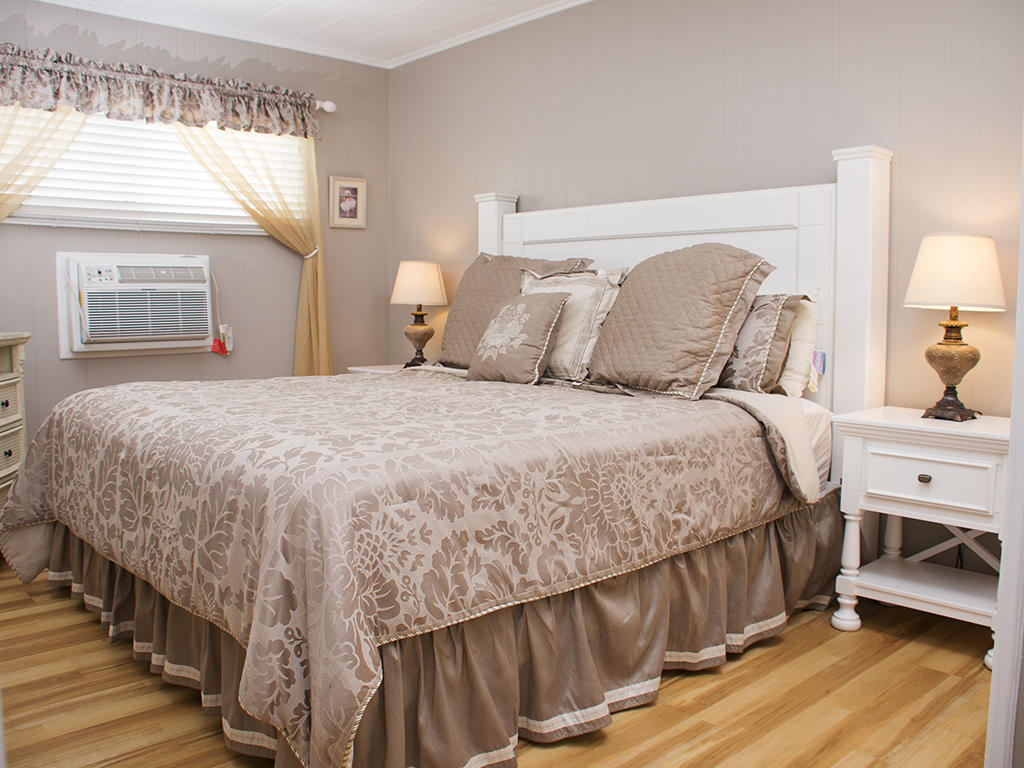 Calypso, 702 - Master Bedroom