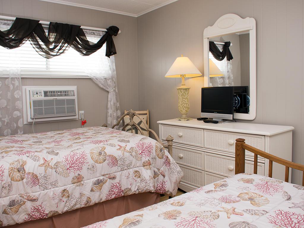 Calypso, 702 - Second Bedroom