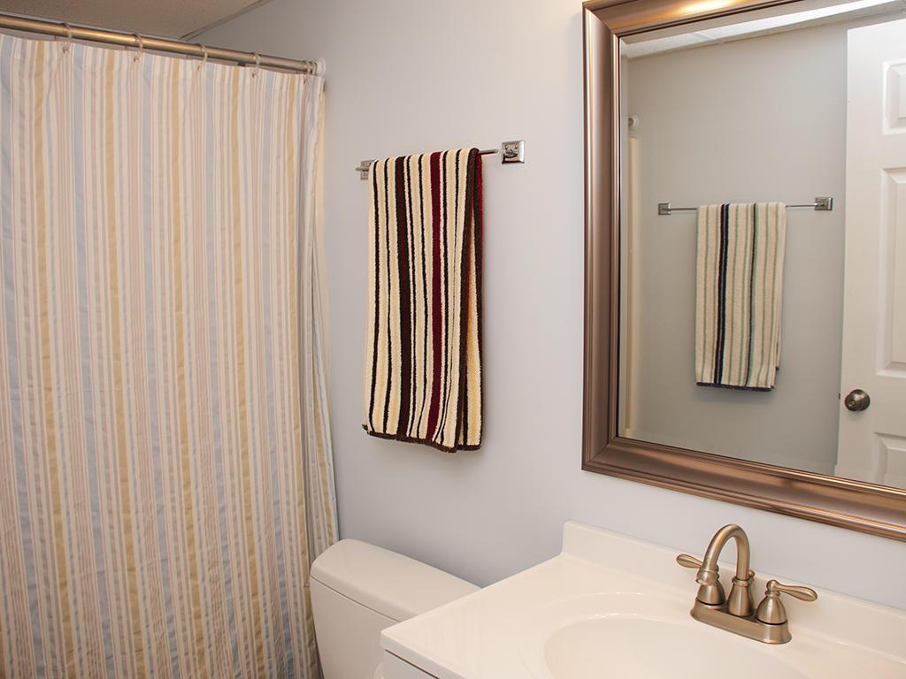 Golden Surf, 402 - Bathroom