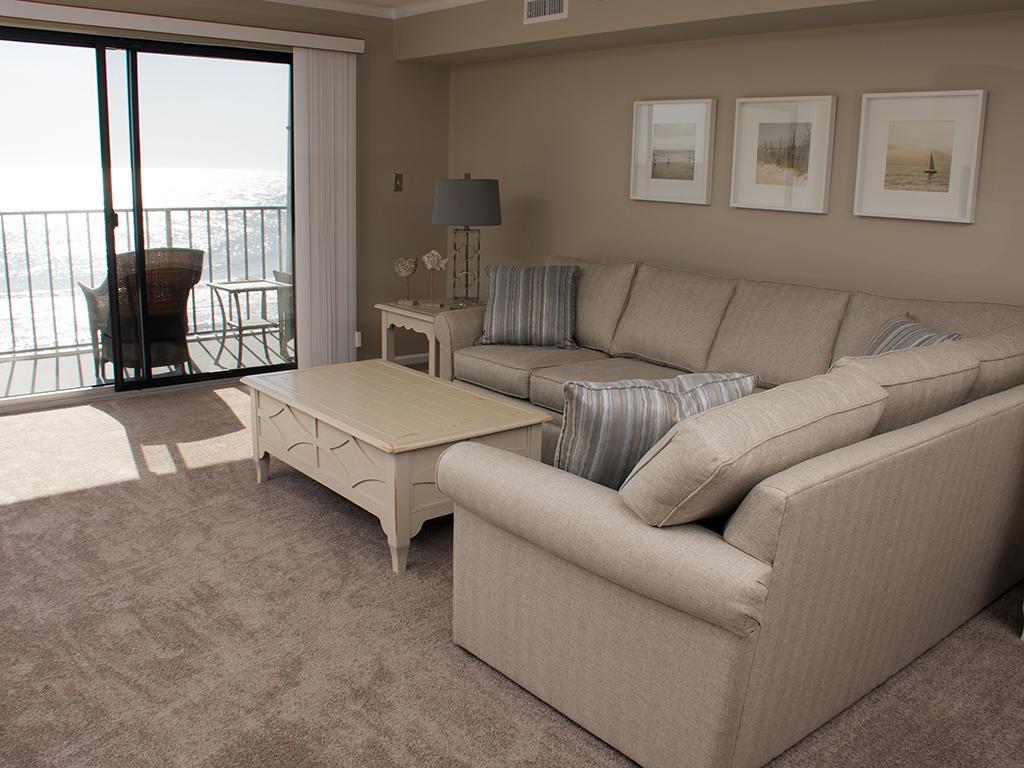 Golden Surf, 402 - Living Room