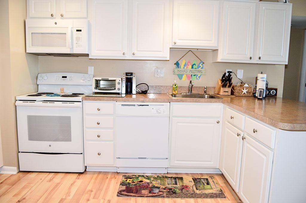 Surfside 84 Unit 8 - Kitchen