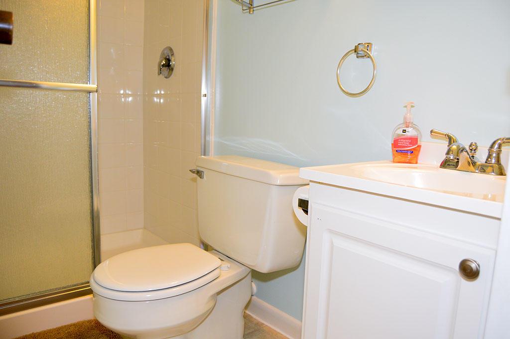 Surfside 84 Unit 8 - 2nd Bathroom