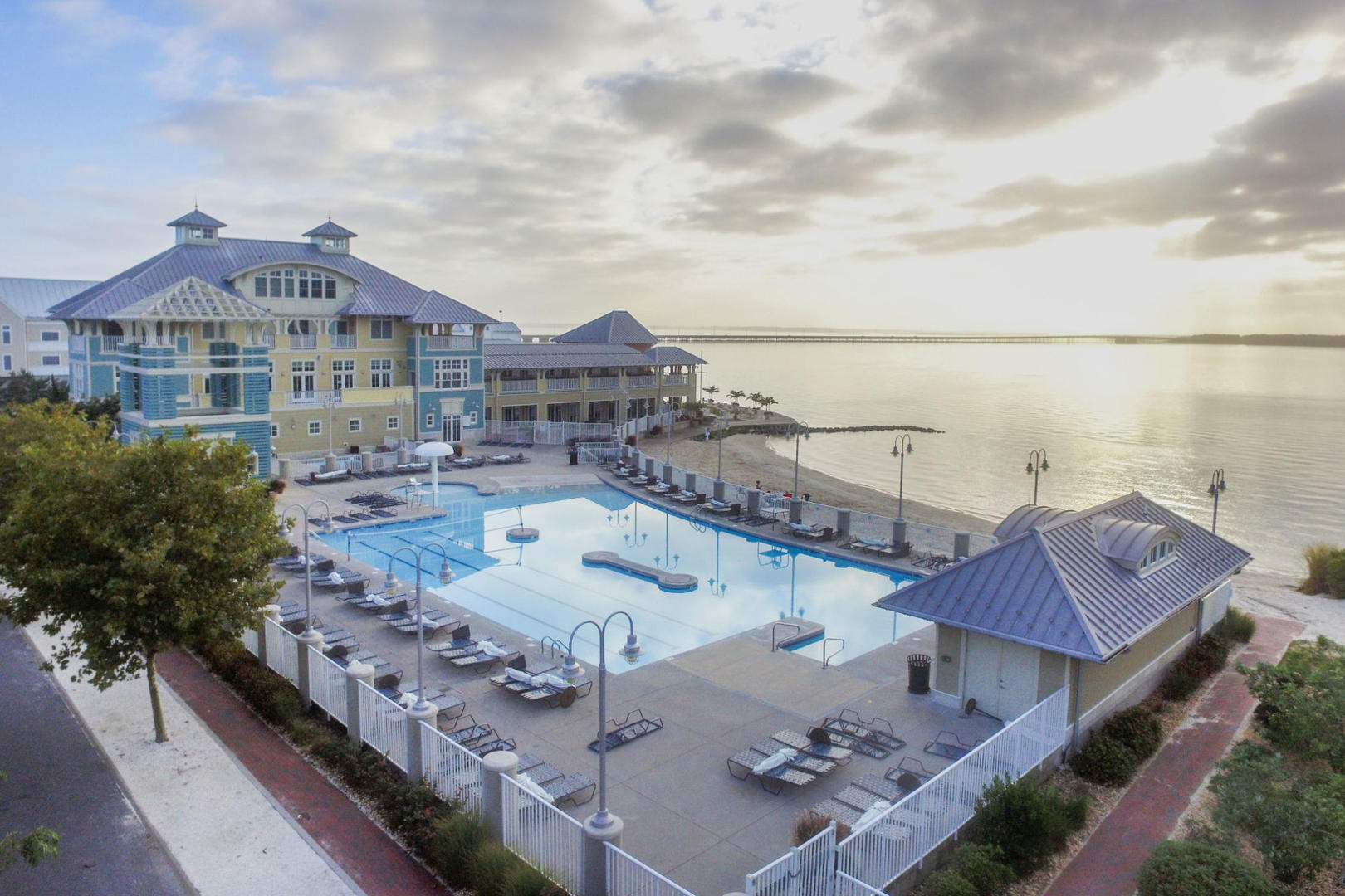 Sunset Island Outdoor Pool (open seasonally)