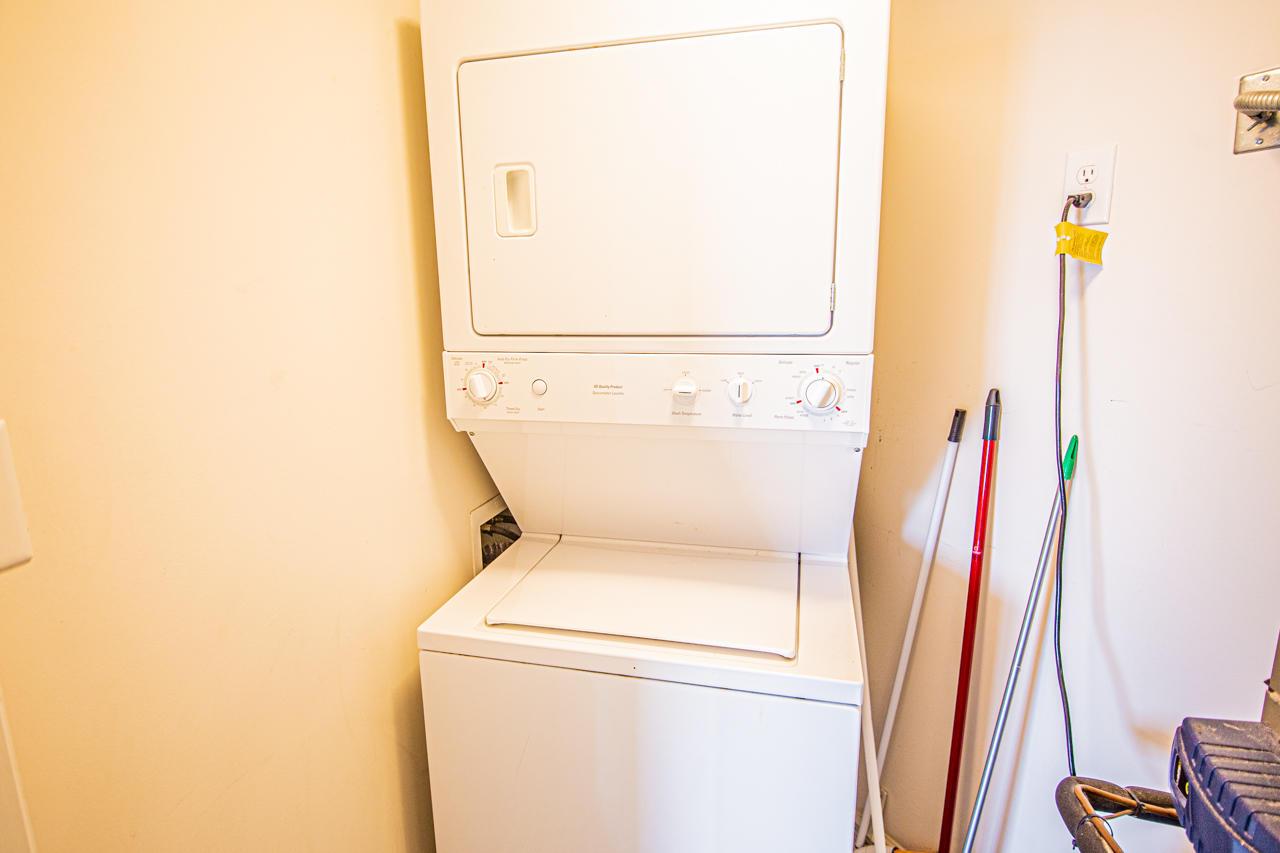 Blue Water Keyes 1101 - Laundry Room