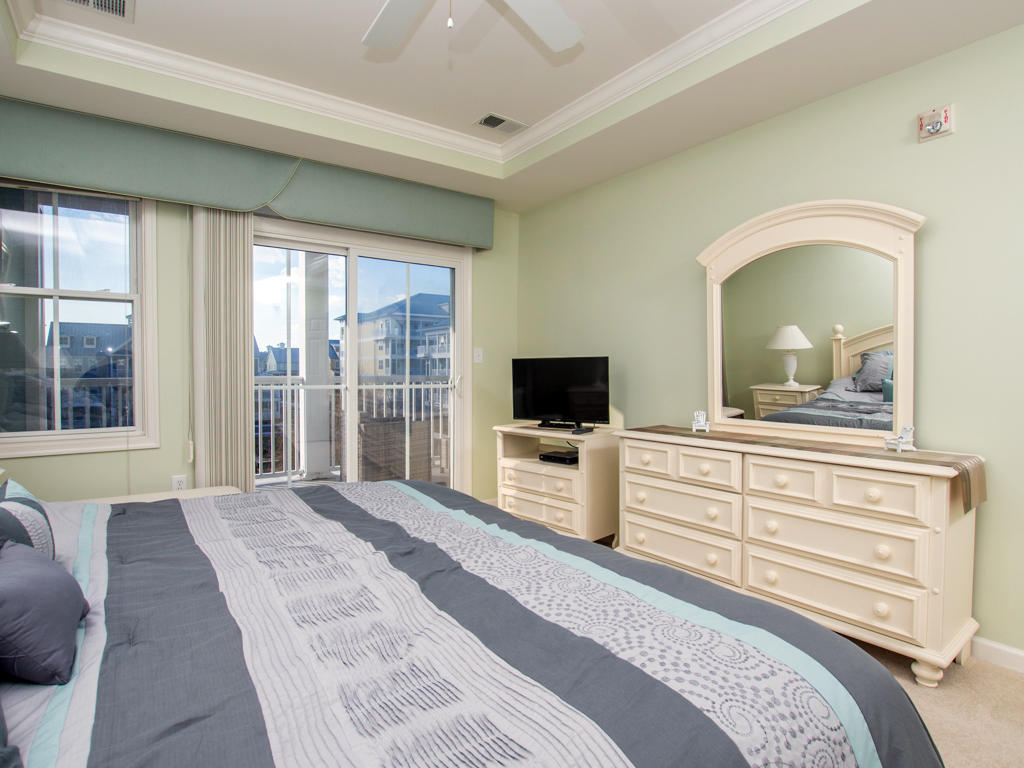 Sunset Island, 6 Fountain Drive East, 3C - Master Bedroom