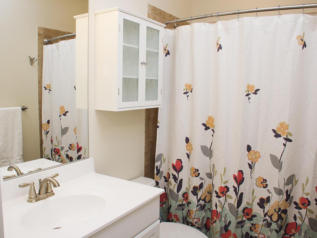 Broad Marsh, 113 C - Second Bathroom